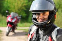 Avoir une bonne assurance moto, ça met en forme !