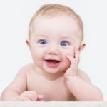 Les aides de Pajemploi : la prime à la naissance et l'allocation de base