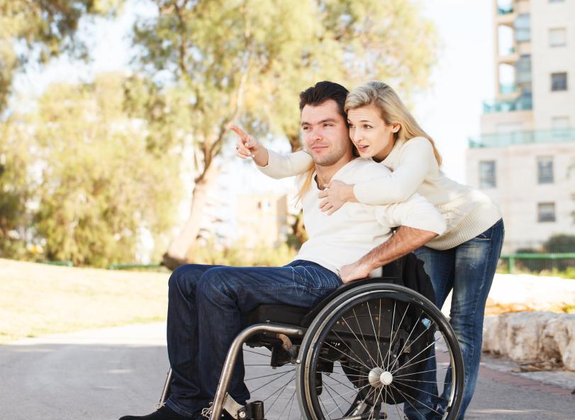 Rencontre homme en fauteuil roulant