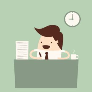un chef d'entreprise rédige les contrats de mutuelle d'entreprise
