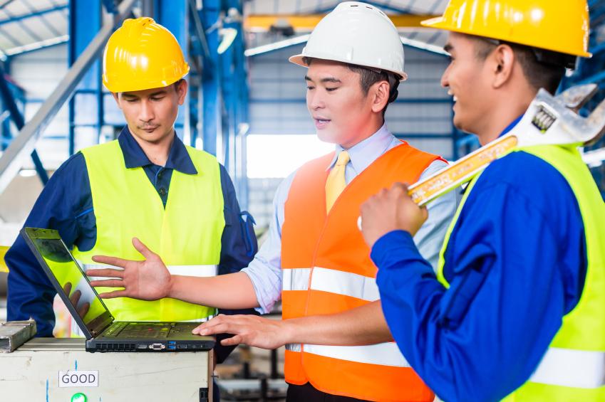 Des salariés du BTP assistent à une formation