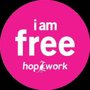 logo hopwork rose avec du texte I am free